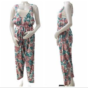 Vintage Floral Jumpsuit w/ Pockets!!!